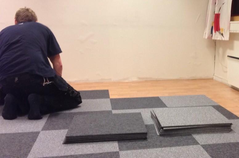 Takk til Frode Laukholm som fikset gulvene!